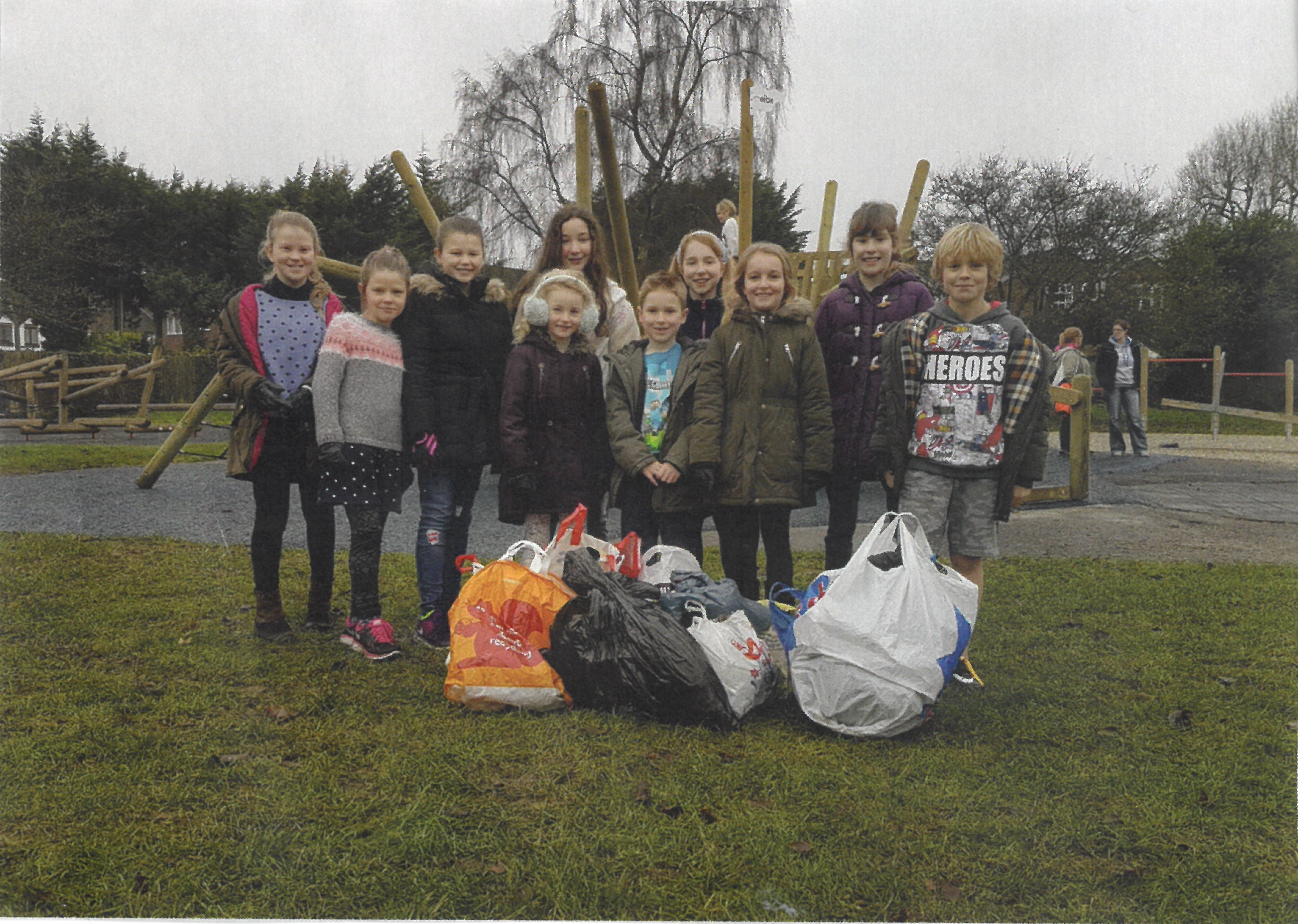 Flackwell Heath children who completed charity litter pick