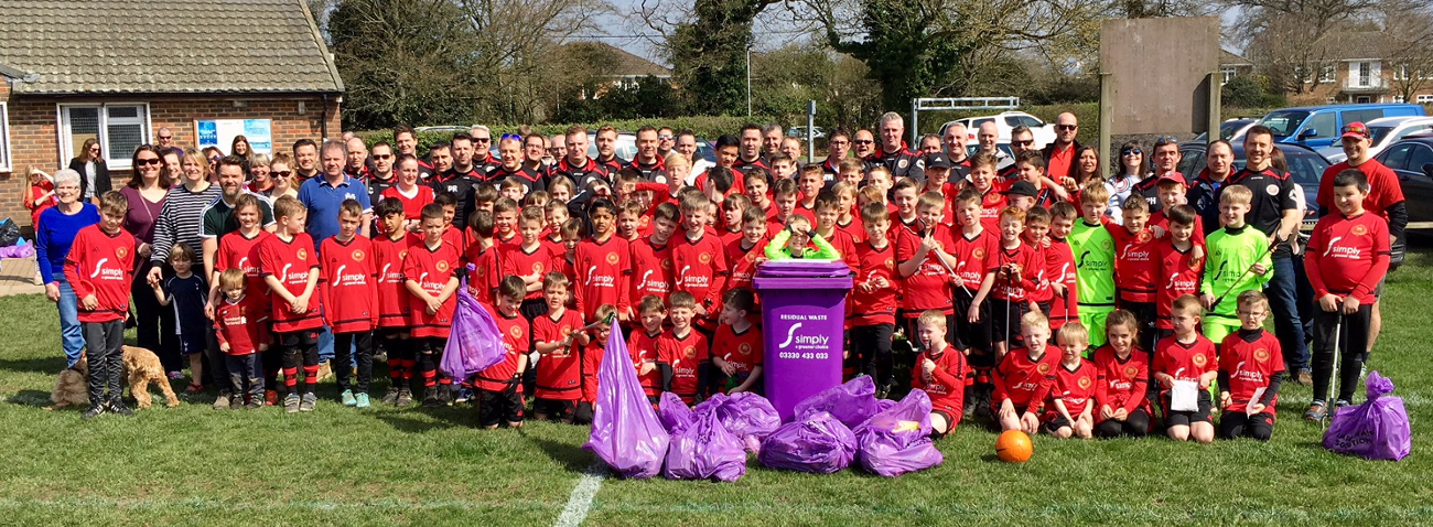 Flackwell Heath Minors Football Club (FHMFC) litter pick for the community